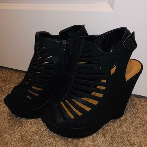 Shoes - Black strappy wedges!